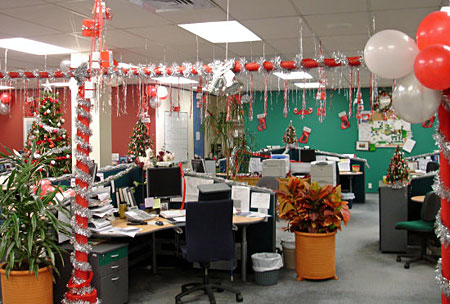 Особенности новогоднего оформления офиса